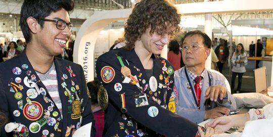 Naples Bay Rotary Youth Services ROTARY YOUTH LEADERSHIP AWARDS